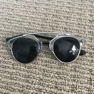 Cute Dior-like sunglasses